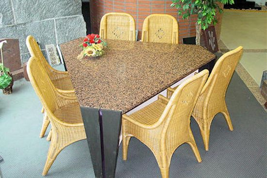 showroom_int_tafel_1